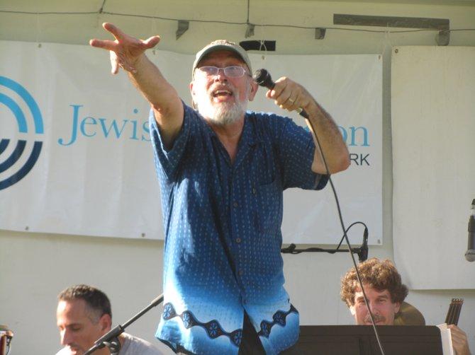 jack-kessler-performing