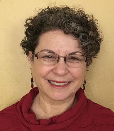 Rabbinic Pastor & Mashpi'ah Ruchanit Sandra Wortzel